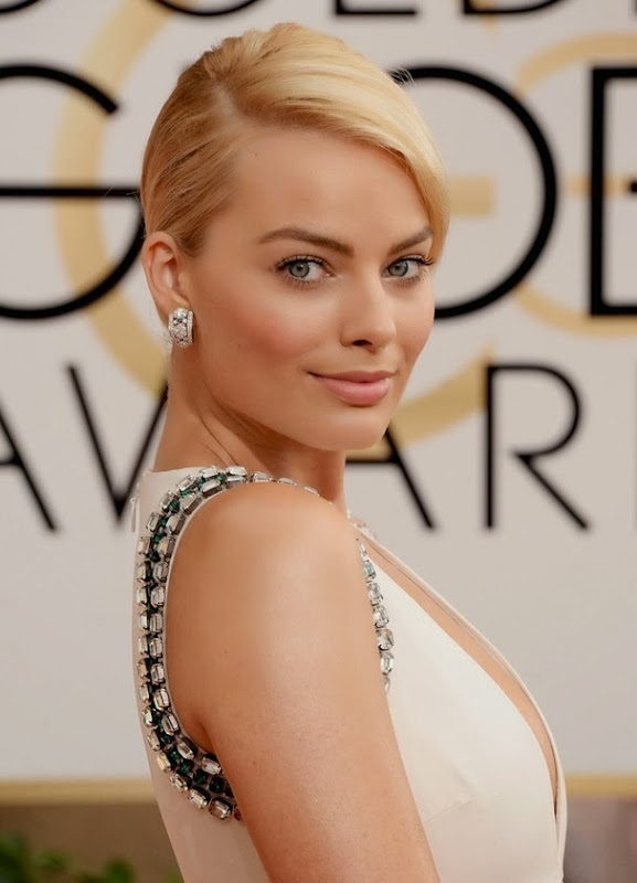 BEVERLY HILLS, CA - JANUARY 12:  Actress Margot Robbie attends the 71st Annual Golden Globe Awards held at The Beverly Hilton Hotel on January 12, 2014 in Beverly Hills, California.  (Photo by Jason Merritt/Getty Images)