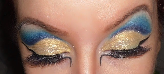 05-halloween-cleopatra-egypt-queen-makeup-look-hooded-eyes