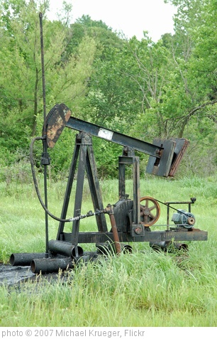 'Oil well' photo (c) 2007, Michael Krueger - license: http://creativecommons.org/licenses/by/2.0/