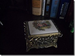 gold trinket box