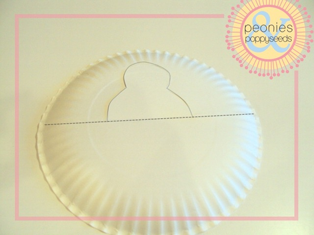 paper plate turkey craft step one