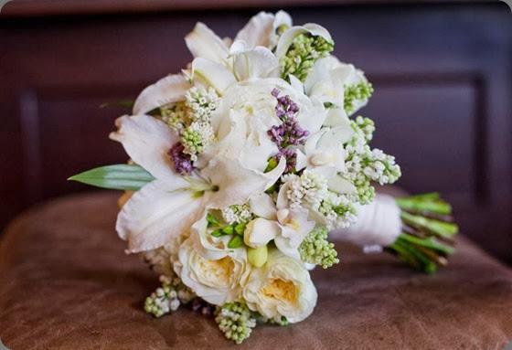 lily 481278_10151033248578413_1544382941_n. la petite fleur mnjpg