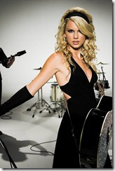Taylor-Swift-black-dress_HOT