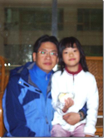 出發前與女兒合照