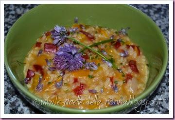 Risotto vegan fiorito con erba cipollina e peperoni (12)