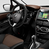 2013-Renault-Clio-4-Mk4-Official-Interior-6.jpg