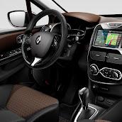 2013-Renault-Clio-4-Mk4-Official-Interior-6.jpg