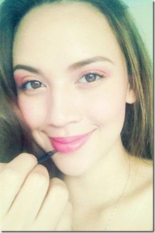 Gambar menawan Diana Danielle pakai produk Luxuria Cosmetics 3