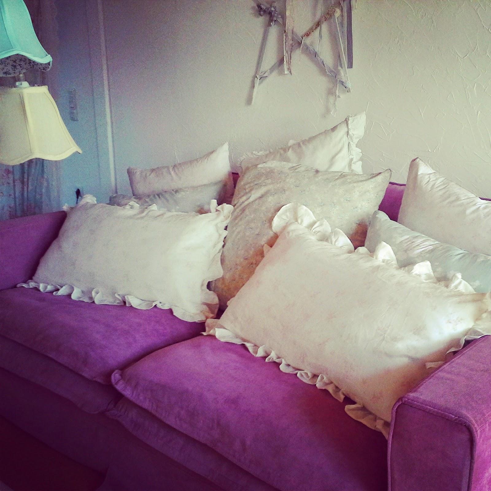 shabby chic liebhaber rachel ashwell rosabelle und louella pink kissenh lle sowie anastasia tasche. Black Bedroom Furniture Sets. Home Design Ideas