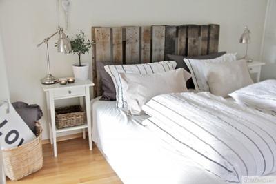 Sänggavel med pallar, Stylizimo