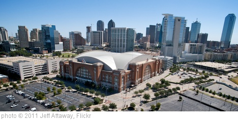 'American Airlines Center' photo (c) 2011, Jeff Attaway - license: http://creativecommons.org/licenses/by/2.0/