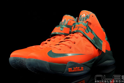 lebrons soldier6 orange camo 41 web black The Showcase: Nike Zoom Soldier VI Orange & Hasta Camo