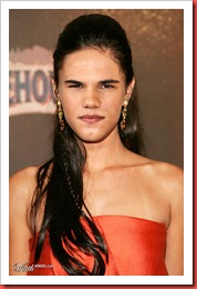 funny-taylor-lautner-girl-picture