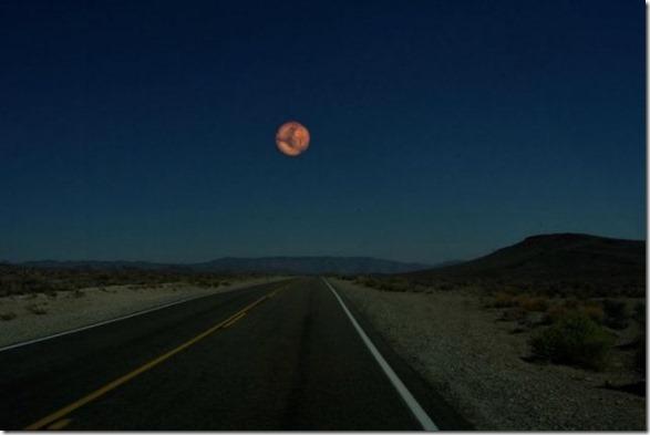 moon-swap-planets-5