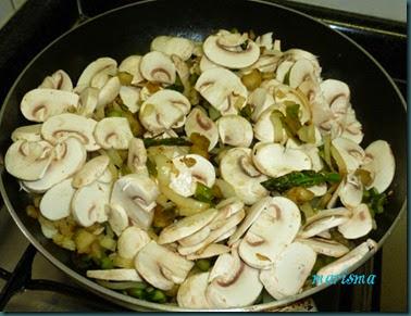 hojaldre de verduras con butifarra4 copia