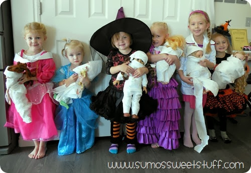 Mummy Dolls with Cottonelle at SumosSweetStuff.com #CottonelleTarget #PMedia #ad
