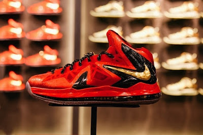 nike lebron 10 ps elite championship pack 11 04 Release Reminder: LeBron X Celebration / Championship Pack