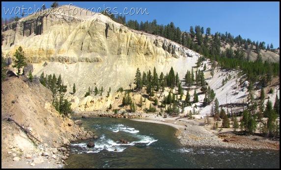 IMG_3333ThermalAlterationAlong YellowstoneRiver