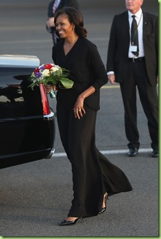 Michelle Obama Barack Obama Family Arrive YenY0Nm39UEx