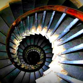 Spiral staircase by Maria Mihailovic - Buildings & Architecture Other Interior ( old, indoor, london, staircase, monument, spiral,  )