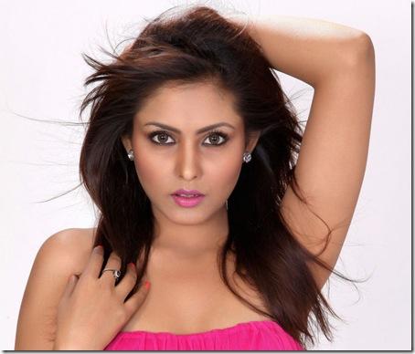 Actress_Madhu_Shalini_Latest_Photoshoot7