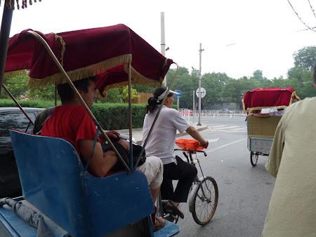 Obiective turistice Beijing: ricsar femeie