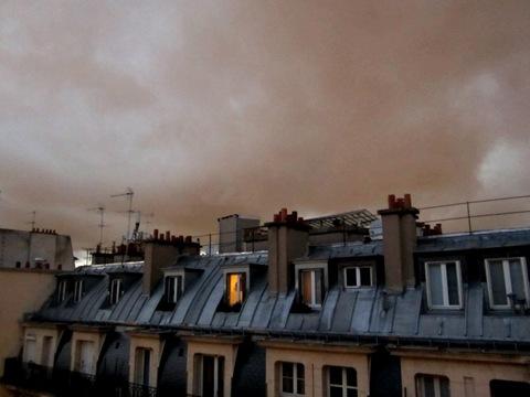 NUAGE TOIT PARIS