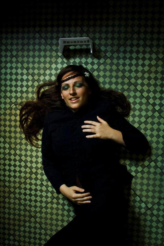 Fanny Roz©Konstantina Tomoska.jpg