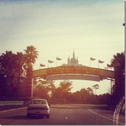 2012-12-30 2 Arrived at Disney World