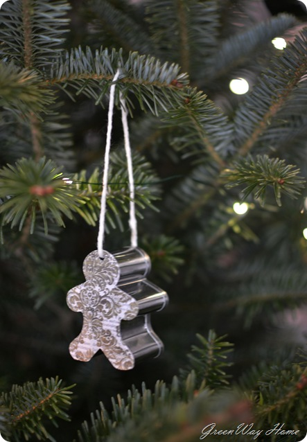 cookie cutter ornaments 096v