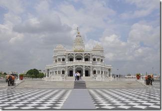 2013-07-14 agra 1 Mathurara 058 temple krishna