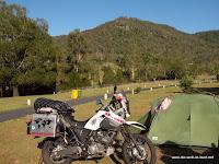Überfüllter Campinplatz in der Nähe von Brisbane