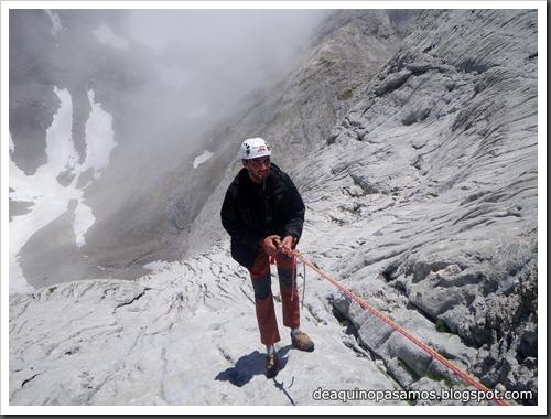 Via Directa de Los Martinez 250m D- V- (Picu Urriellu, Picos de Europa) (Isra) 1198