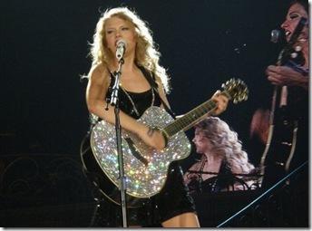 Taylor Swift's Tacoma show2