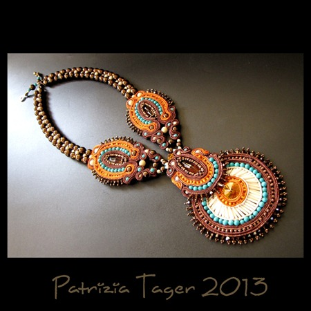 Tribal Dance Necklace Brown 02