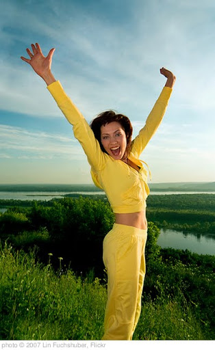 'happy jumping girl' photo (c) 2007, Lin Fuchshuber - license: http://creativecommons.org/licenses/by/2.0/