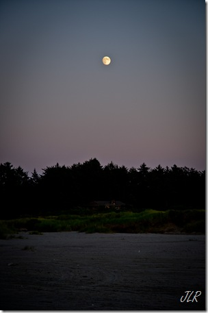 MoonriseAug112011-4298