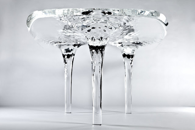 時が止まるテーブル | Liquid Glacial Table + monogocoro