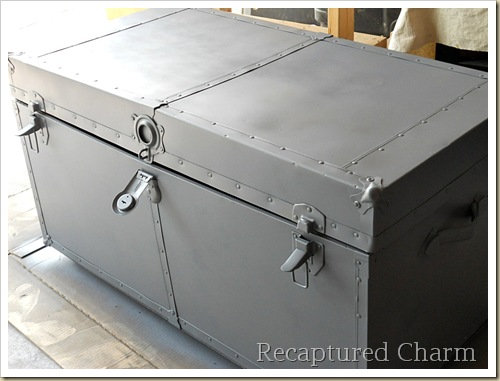 Metal Trunk Makeover 020a