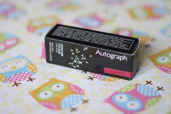 Review Autography Raspberry Swarovski Lipstick (1)