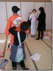 成人式振袖着付け練習 (1)