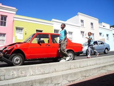 Ariana Karamallis MacPherson MUP, Winter 2011  Running in the Bo-Kaap Cape Town, South Africa During apartheid the largely Muslim community in the Bo-Kaap neighborhood resisted resettlement and painted their homes bright colors—still preserved today—to symbolize their presence in the city.