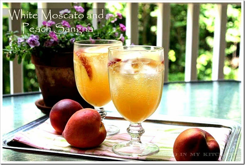 White Moscato And Peach Sangria | This recipe is done in minutes!