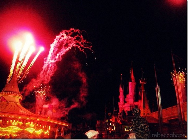DisneyFireworksColorful