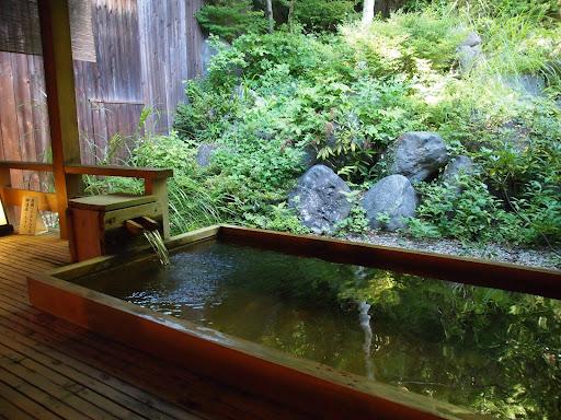 [写真]たてしな藍の貸切風呂
