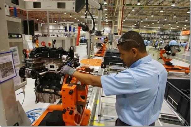 Governador Jaques Wagner participa da inauguração da fábrica de motores da Ford    Foto: Carol Garcia/GOVBA