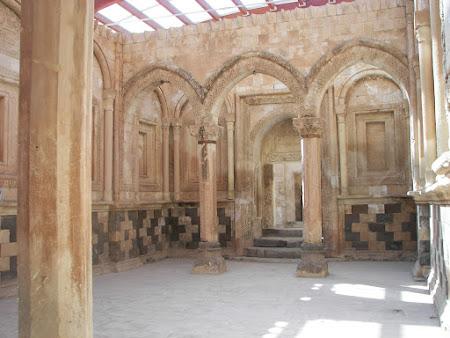 Imagini Turcia: Palatul Ishak Pasha Dogubeyazit Haremul