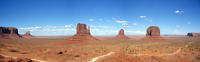700px-Monumentvalley.jpg