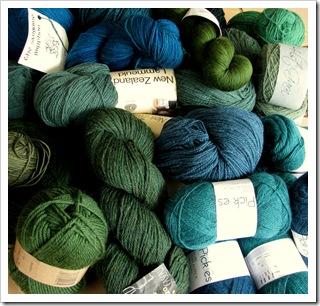 Grønt og blågrønt - Picklesalpakka, Bugga, Nøstebarn, Wollmeise, NZ lammeull, Holst supersoft, Cascade 220, Malabrigo...