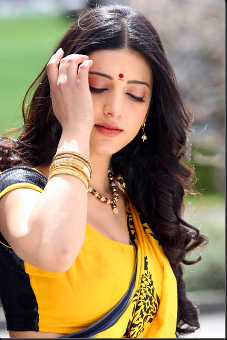 Shruti-Hassan-Gabbar-Singh-Hot-Photos-18